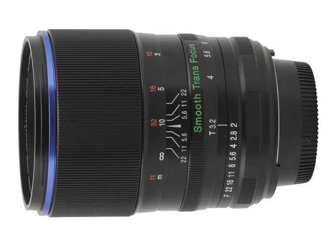 Venus Optics LAOWA STF 105 mm f/2 (T3.2)