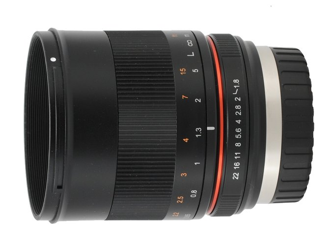 Samyang 85 mm f/1.8 ED UMC CS