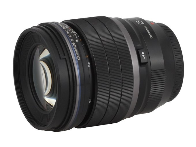 Olympus M.Zuiko Digital ED 25 mm f/1.2 PRO - Build quality
