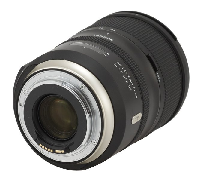 Tamron SP 24-70 mm f/2.8 VC USD G2 - Build quality and image stabilization