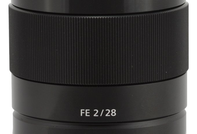 Sony FE 28 mm f/2 - Build quality