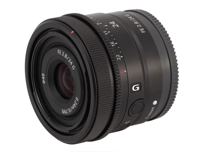 Sony FE 24 mm f/2.8 G - Build quality