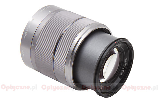 Sony E 18-55 mm f/3.5-5.6 OSS - Build quality and image stabilization
